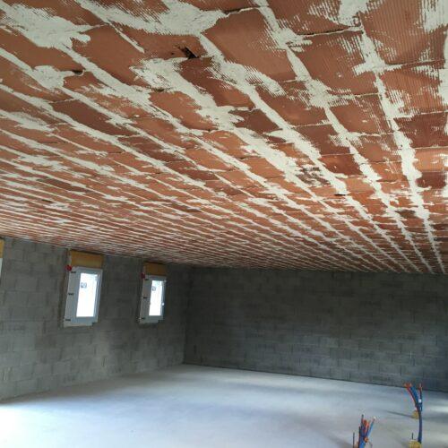 Pose d'un plafond en brique plâtrière à Bressuire