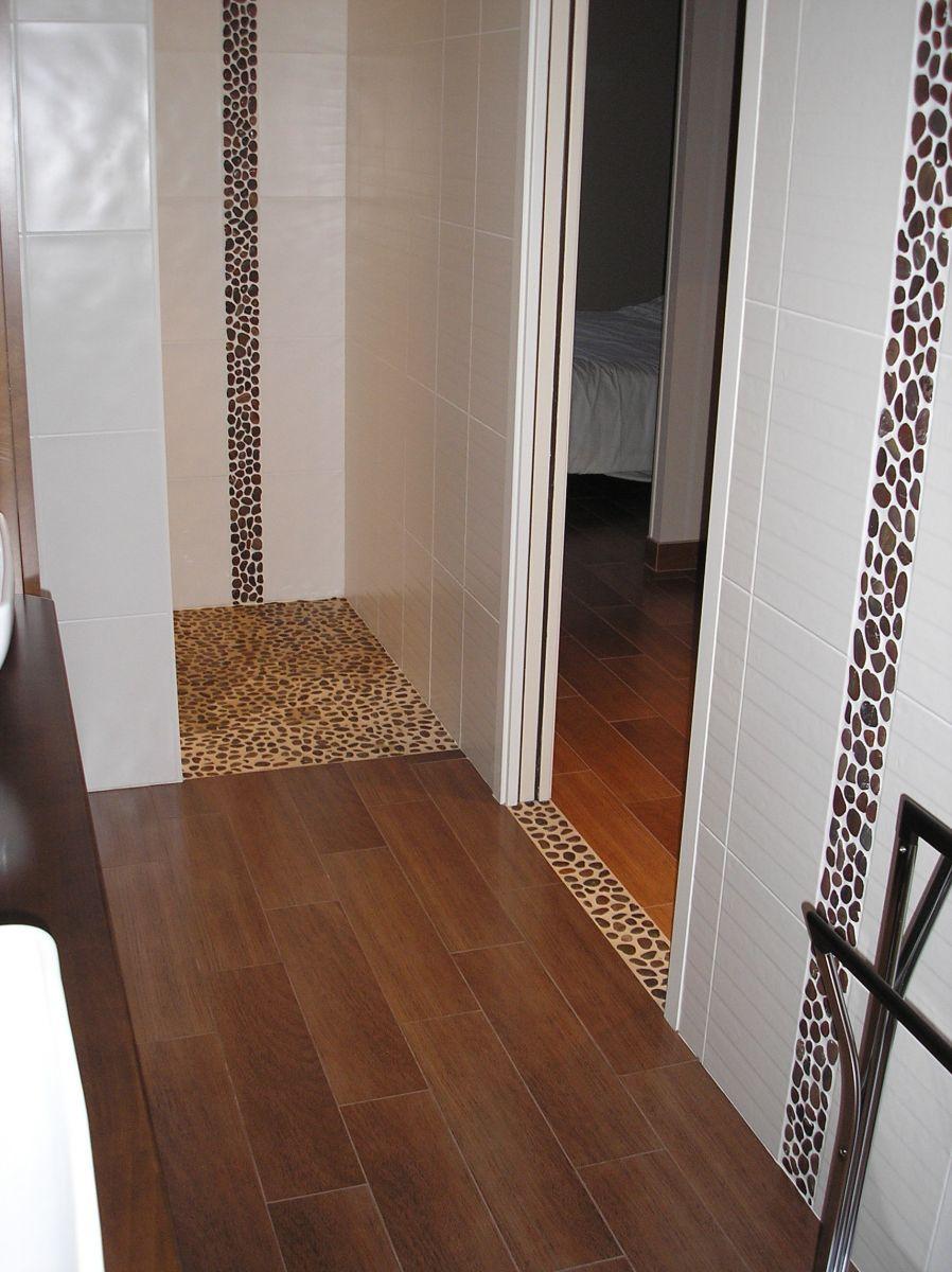 carrelage la roche sur yon elegant salle de bains parquet ralisations escalier carrelage la. Black Bedroom Furniture Sets. Home Design Ideas